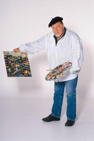 2013-04-01 Man with artwork