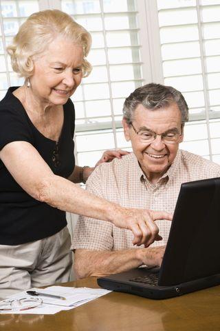 2013-04-22 Elderly Couple On Line