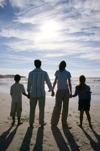 2013-08-13 Family at ocean