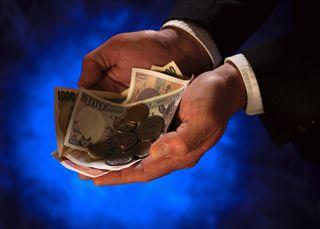 2013-07-08 hands holding money